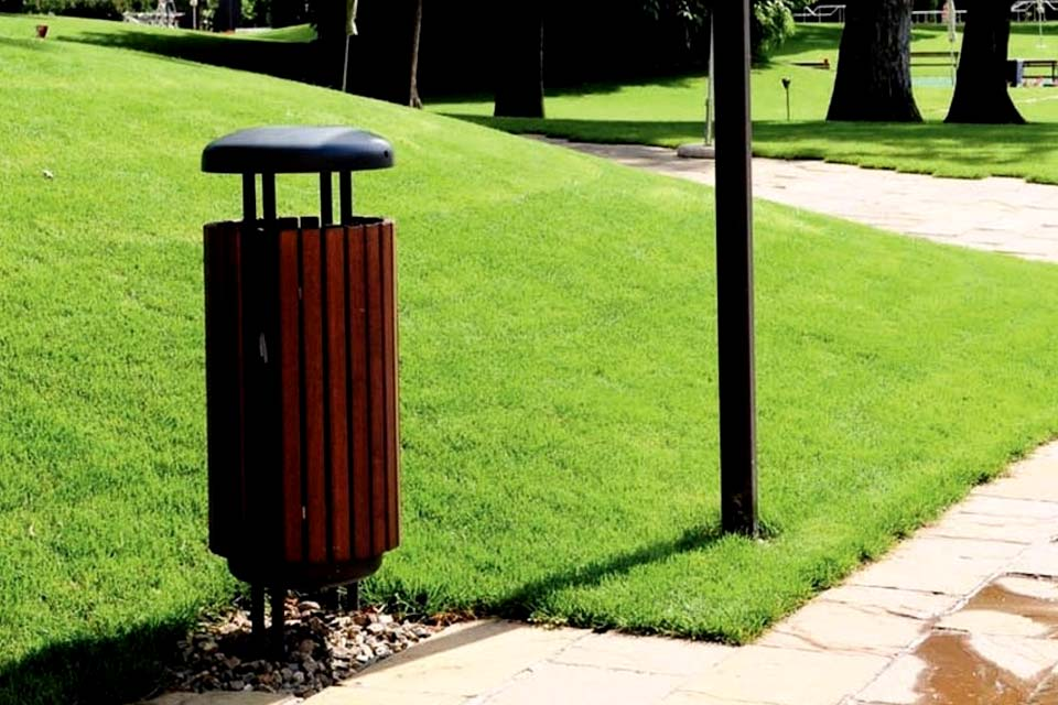 Mobili da giardino in legno silea srl panchine tavole for Arredo urbano srl bolzano