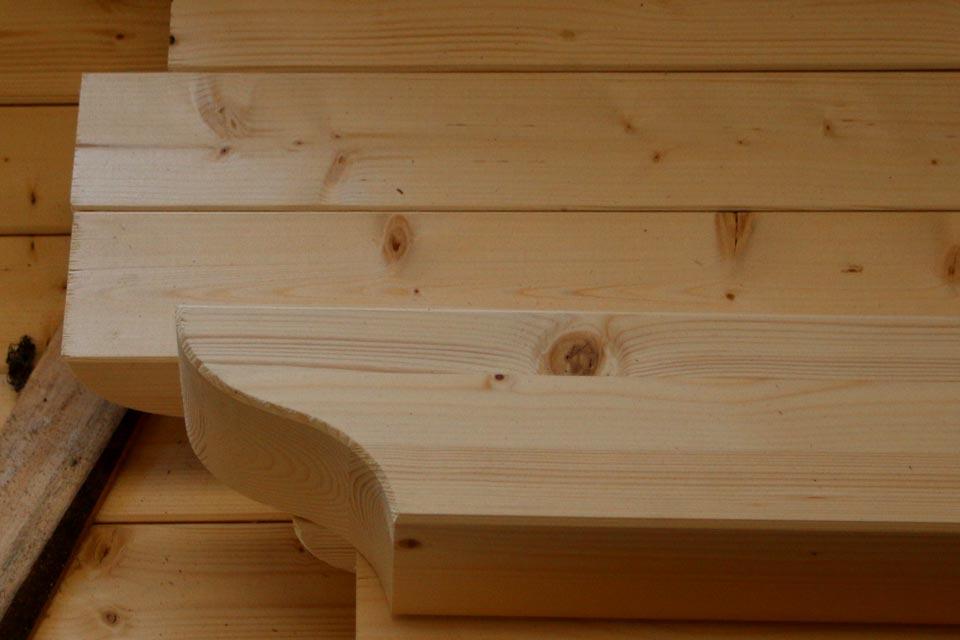 Travi in legno lamellare silea legnami for Bricoman legno lamellare